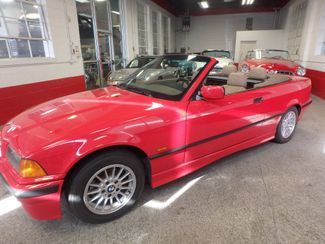 1999 Bmw 323i Cabriolet BEAUTIFUL AND SHARP,  SUMMER STUNNER Saint Louis Park, MN 16
