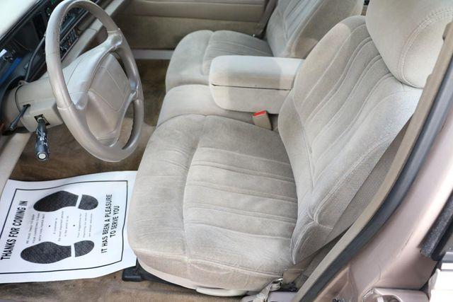 1999 Buick LeSabre Custom Santa Clarita, CA 13