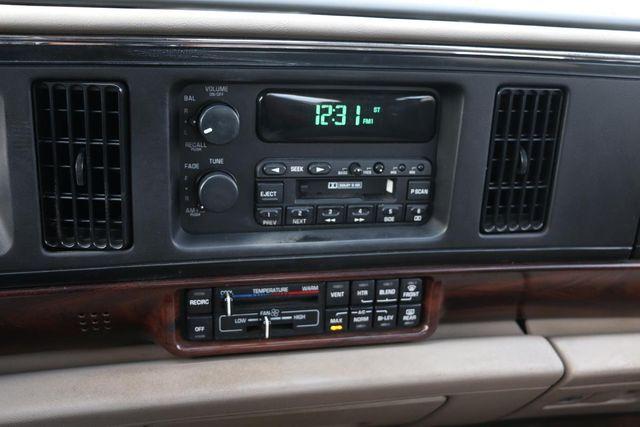 1999 Buick LeSabre Custom Santa Clarita, CA 21