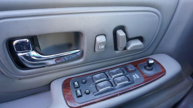 1999 Cadillac DeVille DELEGANCE in Valley Park, Missouri 63088