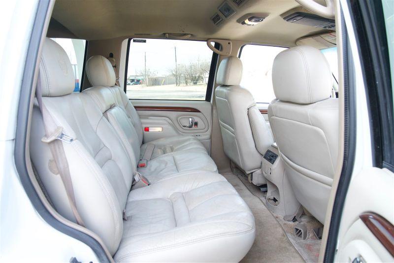 1999 Cadillac Escalade SUPER CLEAN in Rowlett, Texas