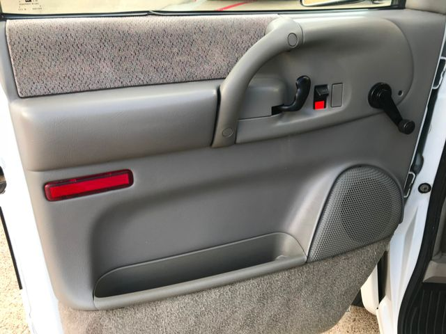 1999 Chevrolet Astro Van, Runs Great **Taxes Included**Drive Out in Plano Texas, 75074