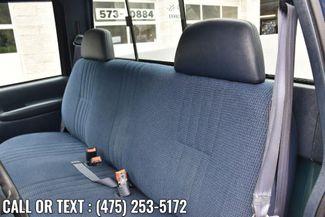 "1999 Chevrolet C/K 2500 HD Reg Cab 131.5"" WB C6P Waterbury, Connecticut 13"
