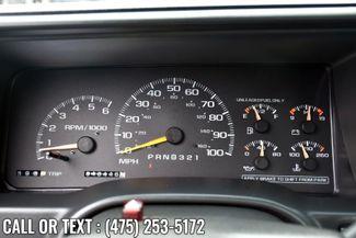 "1999 Chevrolet C/K 2500 HD Reg Cab 131.5"" WB C6P Waterbury, Connecticut 19"
