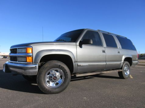 1999 Chevrolet Suburban 2500 4WD w/ 454 V8 in , Colorado