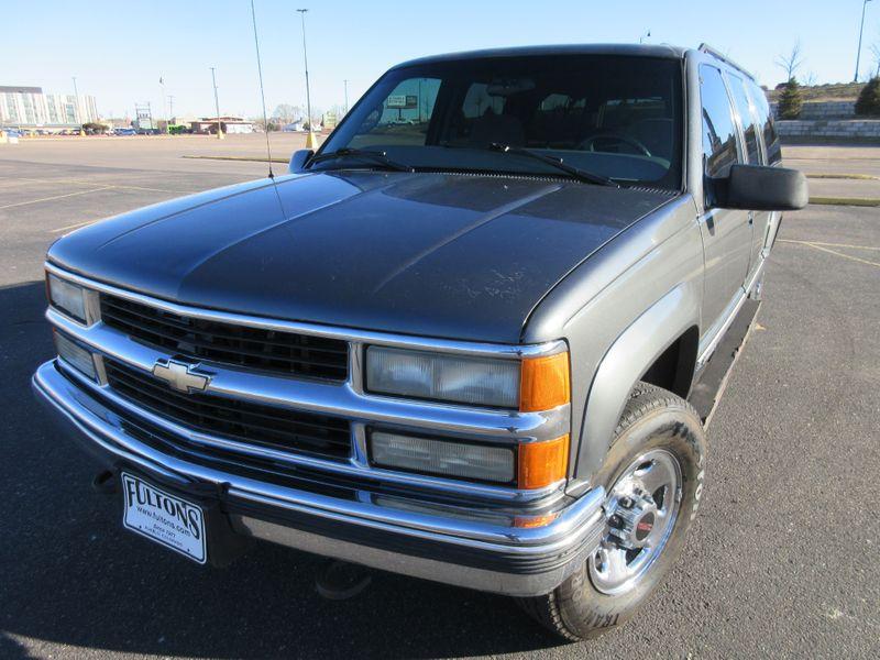1999 Chevrolet Suburban 2500 4WD w 454 V8  Fultons Used Cars Inc  in , Colorado