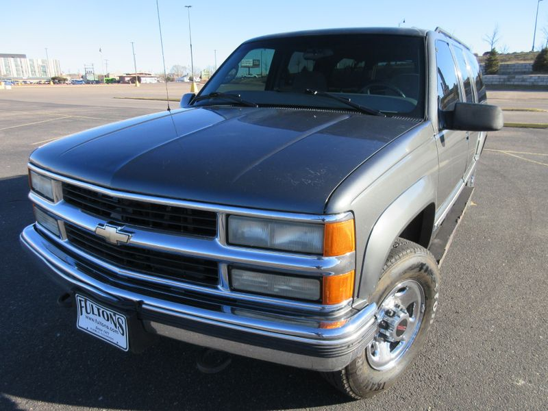 1999 Chevrolet Suburban 2500 4WD w 454 V8  Fultons Used Cars Inc  in , Colorado