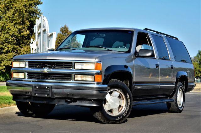 1999 Chevrolet Suburban in Reseda, CA, CA 91335