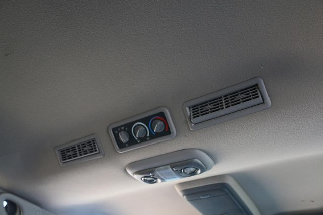 1999 Chevrolet Suburban LT Santa Clarita, CA 26