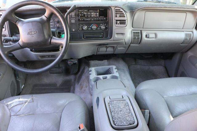 1999 Chevrolet Suburban LT Santa Clarita, CA 7