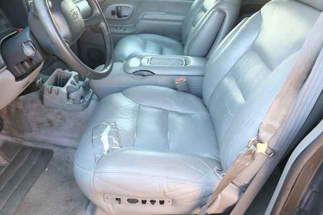 1999 Chevrolet Suburban LT Santa Clarita, CA 13