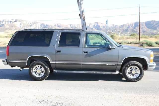 1999 Chevrolet Suburban LT Santa Clarita, CA 12