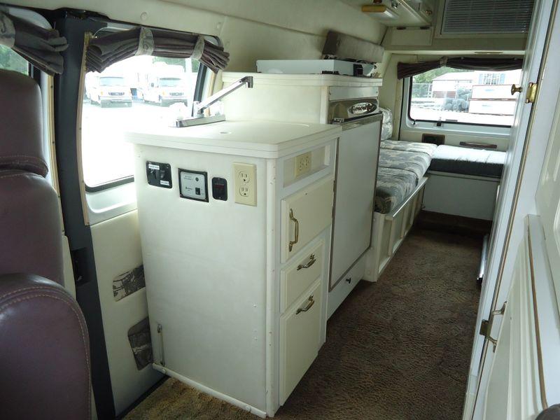 1999 Coachmen Van   in Sherwood, Ohio