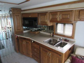 1999 Country Coach Intrigue 36'/ Slide Bend, Oregon 10