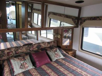 1999 Country Coach Intrigue 36'/ Slide Bend, Oregon 20