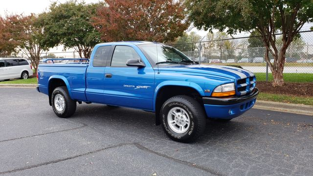 1999 Dodge Dakota Sport 4x4 19,180 orig miles, 5 speed Phoenix, Arizona 3