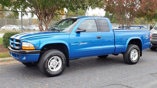 1999 Dodge Dakota Sport 4x4 19,180 orig miles, 5 speed Phoenix, Arizona 32