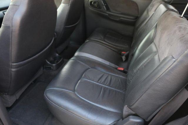 1999 Dodge Durango 4x4 3RD ROW Santa Clarita, CA 18