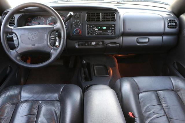 1999 Dodge Durango 4x4 3RD ROW Santa Clarita, CA 7
