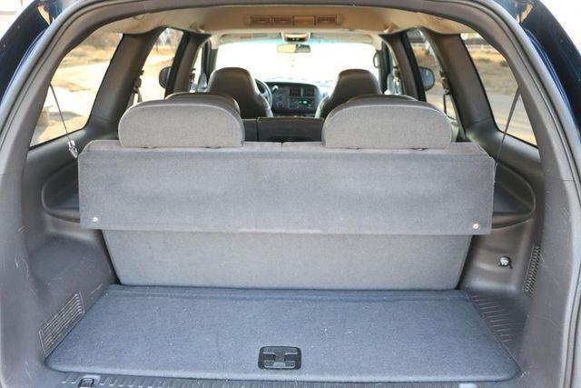 1999 Dodge Durango 4x4 3RD ROW Santa Clarita, CA 32