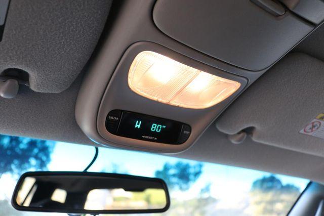1999 Dodge Durango 4x4 3RD ROW Santa Clarita, CA 33