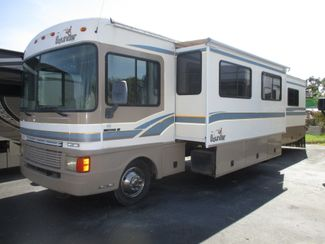 1999 Fleetwood Bounder  36S  city Florida  RV World of Hudson Inc  in Hudson, Florida