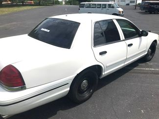 1999 Ford-3 Owner!! Buy Here!! Crown Victoria-CARMARTSOUTH.COM Base-999 DN WAC -CAC!! Knoxville, Tennessee 3