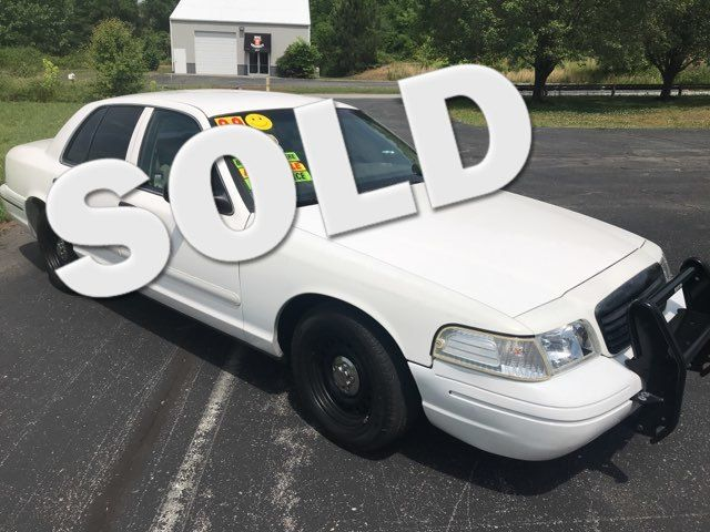1999 Ford-3 Owner!! Buy Here!! Crown Victoria-CARMARTSOUTH.COM Base-999 DN WAC -CAC!! Knoxville, Tennessee