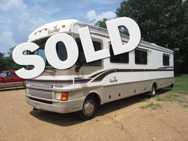 1999 Ford Bounder  Motorhome 34' Houston, Mississippi