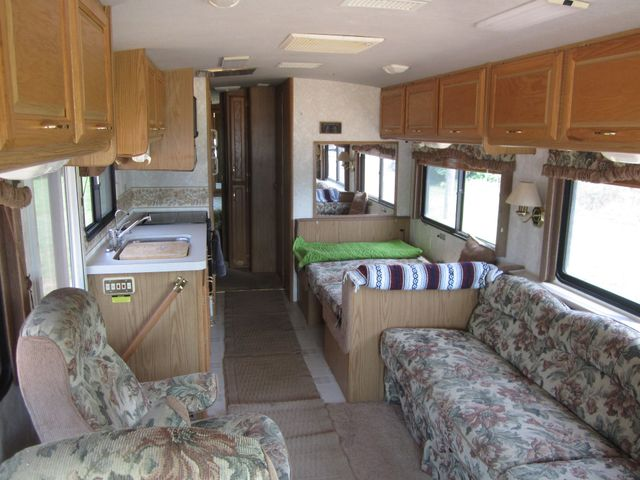 1999 Ford Bounder  Motorhome 34' Houston, Mississippi 10