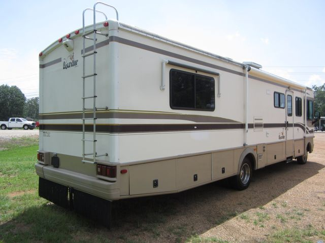 1999 Ford Bounder  Motorhome 34' Houston, Mississippi 4