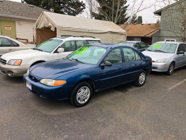 1999 Ford Escort SE in Portland, OR 97230