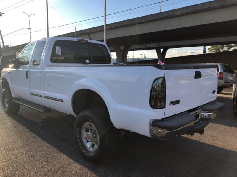 1999 Ford Super Duty F-250 XL  city LA  AutoSmart  in Harvey, LA