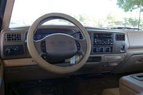 1999 Ford Super Duty F-250 Lariat* 7.3L Diesel* only 136k mi* Crew* Lifted** | Plano, TX | Carrick's Autos in Plano, TX