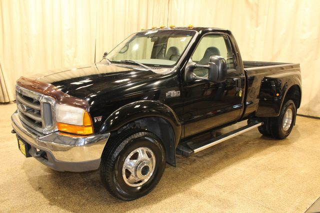1999 Ford Super Duty F-350 Diesel 4x4 manual 6 speed XLT in Roscoe, IL 61073