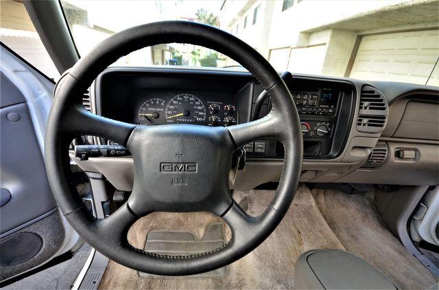 1999 GMC Yukon 4WD in Reseda, CA, CA 91335