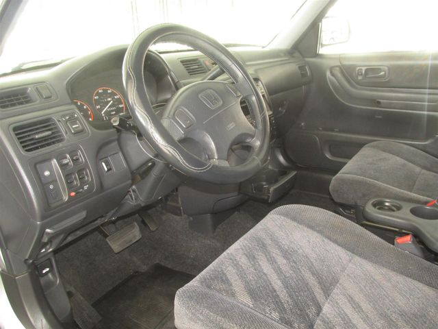1999 Honda CR-V LX Gardena, California 4