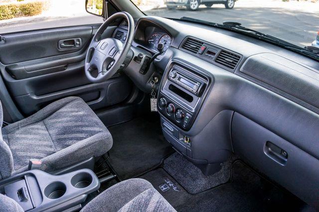 1999 Honda CR-V LX Reseda, CA 29