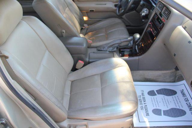 1999 Infiniti I30 Touring Santa Clarita, CA 14