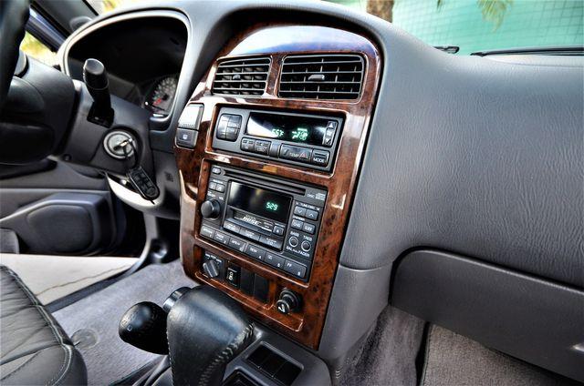 1999 Infiniti QX4 Luxury 4WD in Reseda, CA, CA 91335