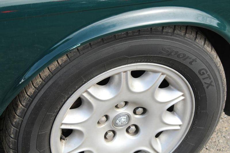 1999 Jaguar XJ L  city MD  South County Public Auto Auction  in Harwood, MD