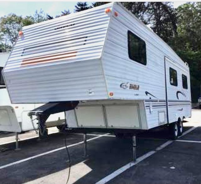 1999 Jayco Eagle 5th Wheel in Knoxville, Tennessee 37920