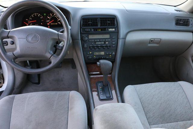 1999 Lexus ES 300 Luxury Sport Sdn Santa Clarita, CA 7