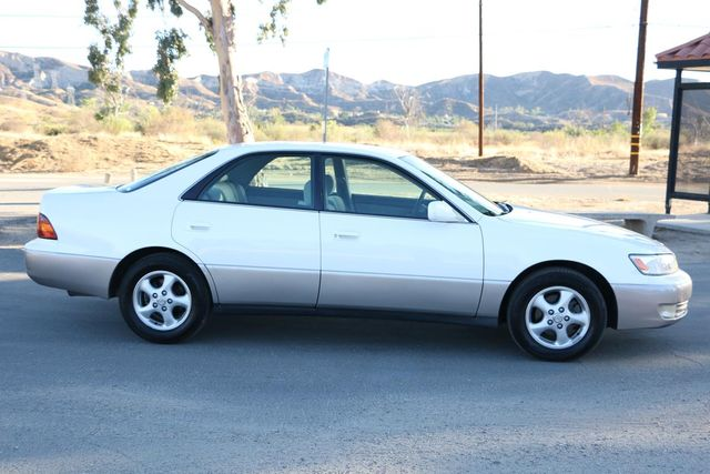 1999 Lexus ES 300 Luxury Sport Sdn Santa Clarita, CA 11