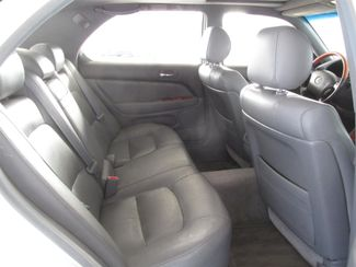 1999 Lexus LS 400 Luxury Sdn Gardena, California 12
