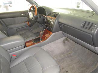 1999 Lexus LS 400 Luxury Sdn Gardena, California 8