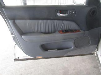 1999 Lexus LS 400 Luxury Sdn Gardena, California 9