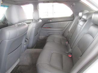 1999 Lexus LS 400 Luxury Sdn Gardena, California 10