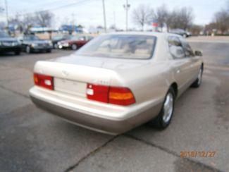 1999 Lexus LS 400 Luxury Sdn Memphis, Tennessee 21