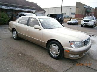 1999 Lexus LS 400 Luxury Sdn Memphis, Tennessee